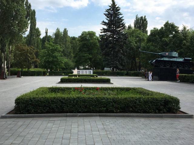 Площадь мужества в Измайловском парке